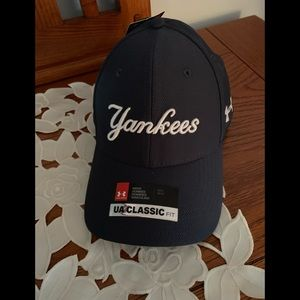 🎉NWT-NY ▪️YANKEE BASEBALL HAT - UNDER ARMOUR  M/L